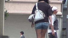 Asian Chicks Let Pee Through Their Pants