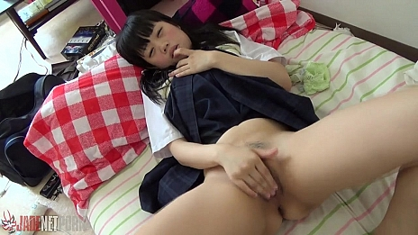 Crazy Girl Gives Herself Amazing Masturbation